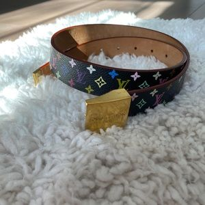 Louis Vuitton Multi-color belt!! Size 70/28